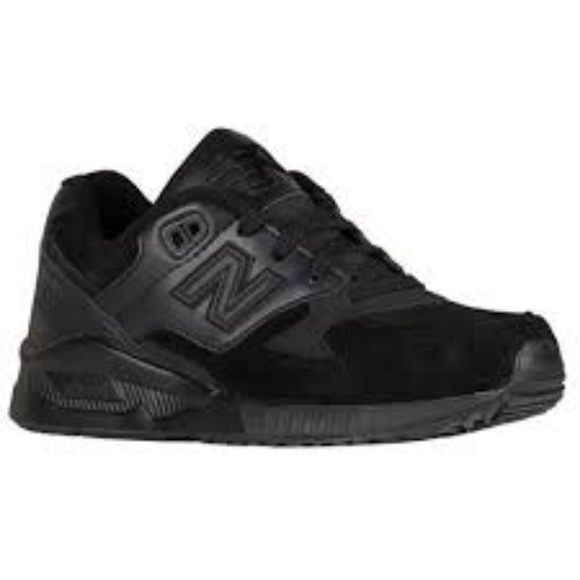 brand new 8a549 cb57d NEW BALANCE 530 - WOMEN S classic black sneakers. M 5afc36553afbbd312dcdb9e2